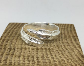 Feather ring,Sterling Silver 925halmark  Adjustable Ring Size 6 to 9 Anti-tarnish