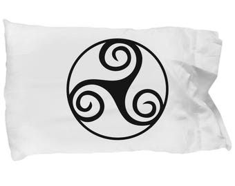 Celtic Gift, Irish Design, Pillow Case, Triskele