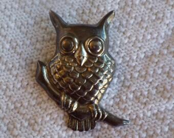 Large silver owl brooch/pendant