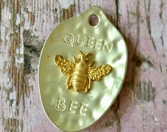 Queen BEE MATTE SILVER with Light Gold Bee Pendant Hammered Pewter Small Spoon Shaped Jewelry Supplies