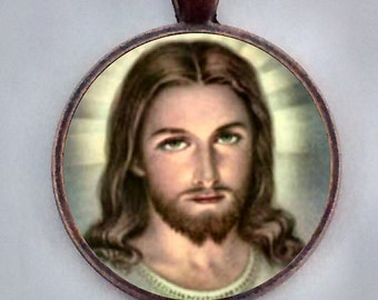 Jesus Necklace, Jesus Pendant, Christian Necklace, Religious Pendant, Christ Necklace, Jesus Christ.