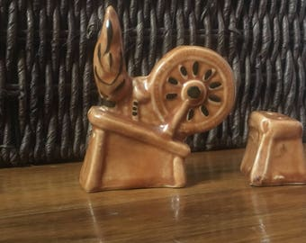 Vintage spinning wheel and stool salt and pepper shakers
