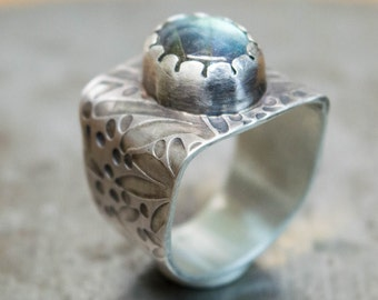 Labradorite ring, Sterling silver ring, Statement ring, Wide band ring,