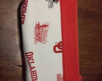 OU universal zipper bag. Great for scions, make up, and many more things.