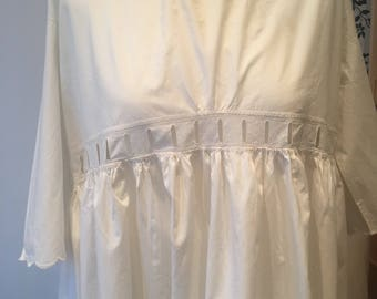 Antique Victorian nightgown nightdress - long antique white cotton nightgown