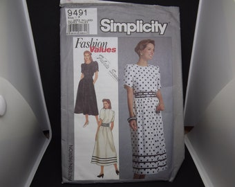 Vintage Simplicity Sewing Pattern Fashion Values 9491 Size - A 1989,