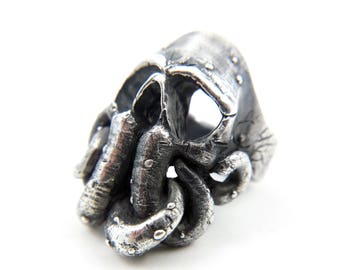 Cthulhu Idol Skull Ring (Sterling Silver)