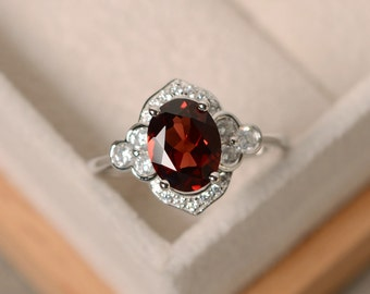 Oval garnet ring, engagement ring,sterling silver, January birthstone ring