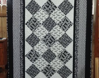 Black/White Zebra Twin Quilt