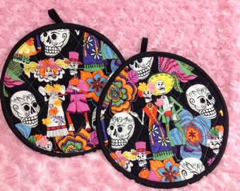 Day Of The Dead Skeleton Couple Pot Holder Set