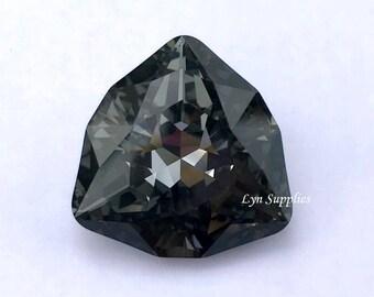 4706 SILVER NIGHT 24mm Swarovski Crystal Trilliant Fancy Stone, Dark Grey Triangle