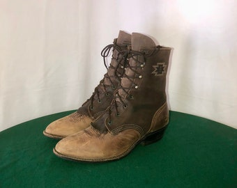 Sz 8.5 M Vintage Short Two Tone Brown Genuine Leather 1980s Women Lace Up Granny Combat Boots.