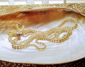 Ivory abalone shell jewelry holder plate, Iridescent pearl oval ivory jewelry plate