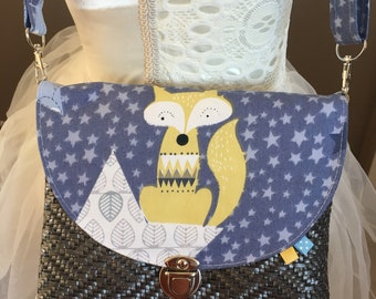 Bag child wears Fox