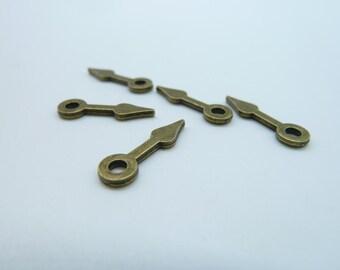 50pcs 6x15mm Antique Bronze Gear Clockwise clock hand Hour Minute Pointer Charms Pendant C3144