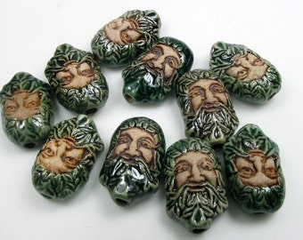 10 Tiny Green Man Beads - CB562