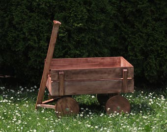 Photography prop Vintage, Rustic  Wagon Baby photo prop, wooden wagon Bed, solid wood