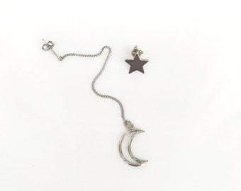 Moon and Star Threader Earrings, Silver Ear Thread Earrings, Celestial Earrings, Ear Threads