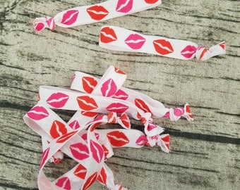 New colors! Elastic Bands/Hairties pink and red lips - white background or pink background