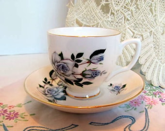 Bone China Teacup and Saucer Made in England / Sandford Pattern