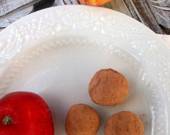Dark Chocolate Apple's and Cinnamon Truffles (16 count)