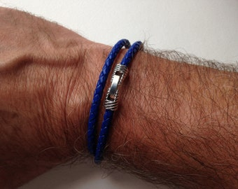 Leather Friendship Bracelet made with a braided leather cord round blue 4 mm in diameter - 2 ROUNDS - clasp Clip silver streak Groove