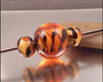 Ginnovations lampwork, Animal bead trio (3 beads)