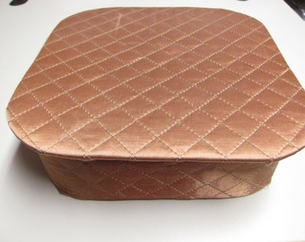 Hanky box, quilted, copper color