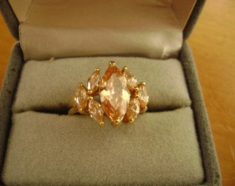 Vintage Rhinestone ring - Bling-Champagne Peach