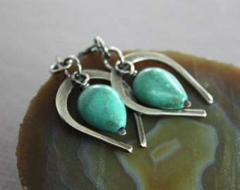 Sterling silver dangle drop earrings with horseshoe and turquoise drop stones - Turquoise earrings - Sterling silver earrings
