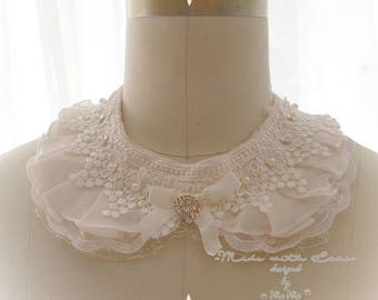 Victorian beige Lace Peter Pan Collar Necklace flower pearl bow Cape collar Shabby Cottage Chic, maiden detachable collar