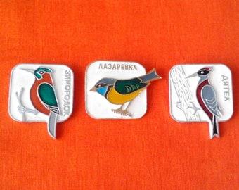 Birds, vintage soviet children's pin badges, made in USSR, 1970s