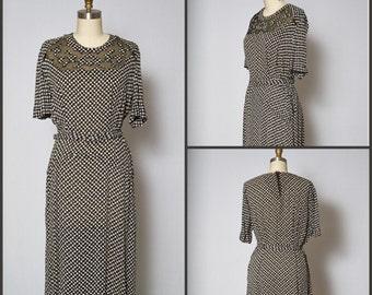 1940s Dress /  40s Novelty Print Dress / Ditsy Novelty Print Dress / Cut Out Dress