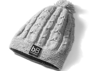 Knit hat / Knit beanie / Grey winter hat /  Grey pompom beanie / Wool beanie / Gift for boyfriend /Gift for him /Crochet beanie /Crochet hat