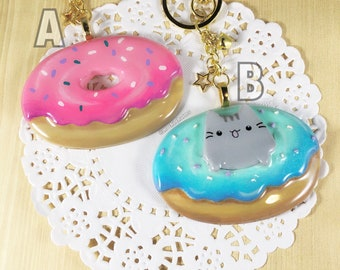 Hand painted Resin and polymer clay donut keychain