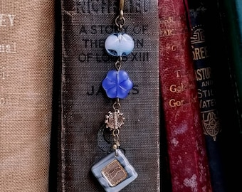 Czech glass bookmark Beaded bookmark Boho bookmark Jewelry bookmark Blue and Antique gold