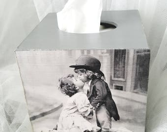 Vintage Grey Wooden Tissue Box Holder Dispenser, Kissing Kids, Romantic Box for Tissue, Bedroom decoration, Handmade & Hand decorated, NEW