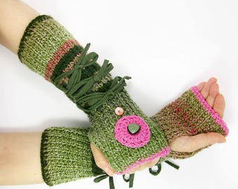 green knit fingerless gloves knit arm warmers green striped knit fingerless mittens tiered woodland gloves PiaBarileAccessories