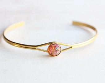 Opal Dot Bracelet, Opal Bracelet, Gold Opal Bracelet, Round Opal Stone, Opal Jewelry, Cabochon Bracelet, Gold Cuff Bracelet, Cuff Bracelet