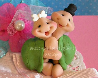Hugging Turtle Wedding Cake Topper Keepsake Figurine for Bride and Groom and Anniversary