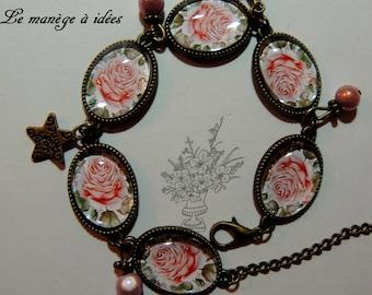 Bracelet / Cabochon / glass/Metal/Bronze adjustable Vintage Pink Rose.