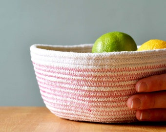Medium size rope bowl, Many options for contrast colour.