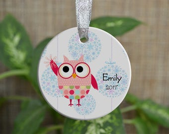 Personalized Christmas Ornament, Baby First Christmas ornament, Custom Ornament, Newborn baby gift, Owl ornament, Girl, Christmas gift. o050