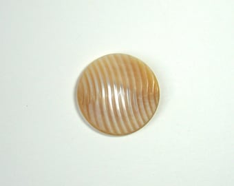 Mother of Pearl round cabochon, 31 mm, beige, jewelry creations.