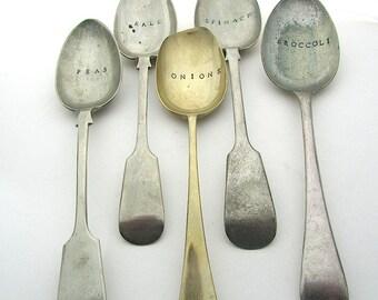 Große Löffel Gemüsegarten Etiketten, Hand gestempelt übereinstimmende Servierplatte Löffel, 9 Zoll, rustikale Pflanze Marker