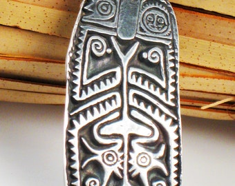 Maori Tribal Ancestor Shield Fine Silver Pendant - Keyring - Necklace - Unique Tribal Gift - Gift for Surfer - Maori Shield Silver Pendant