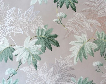 "Vintage Wallpaper by the Yard. 1940s Fern Matte & Silver Wallpaper 19"" x 36"" / by the yard"