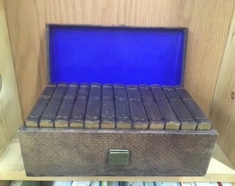 Antique boxed set of Shakespeare, 12 leather volumes in original hinged box, great vintage vibe, very cute, Victorian books in VG condition