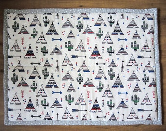 Baby play mat - wildwest tipi cactus wigwam arrow - green white black red blue