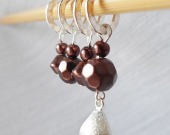 SALE - A Kiss Is Just A Kiss - Four Handmade Stitch Markers - Fits Up To 6.5mm (10.5 US) - Last Sets